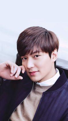 He is soooo handsome Kang Min Hyuk, Jung So Min, Asian Actors, Korean Actors, Lee Min Ho Wallpaper Iphone, Cellphone Wallpaper, Lee Min Ho Pics, Le Min Hoo, Korean Men Hairstyle