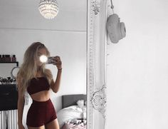Other great ideas about Pageant Framework, Festival outfits and Festival form. Teen Fashion Outfits, Girl Outfits, Summer Outfits, Cute Casual Outfits, Stylish Outfits, Burgundy Outfit, Mode Streetwear, Teenager Outfits, Outfit Goals