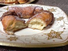 Xuxos de crema pastelera y azúcar. Ve receta: http://www.mis-recetas.org/recetas/show/45682-xuxos-de-crema-pastelera-y-azucar