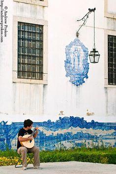 Alfama Guitarist - PORTUGAL http://andrewprokos.com