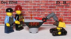 A robot arm proved useful for cooking on the BBQ. Todays Lego City advent calendar.