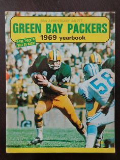 Vintage NFL 1969 Green Bay Packers yearbook Anderson Starr Packers  Football 4674a66b0