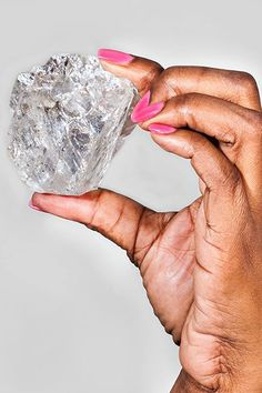 A carat gem-quality diamond, second in size only to the Cullinan diamond cut into the British Crown jewels, has been unearthed by Lucara Diamond Corp. in Botswana. Gem Diamonds, Colored Diamonds, Rough Diamond, Diamond Cuts, Uncut Diamond, British Crown Jewels, Thing 1, Rocks And Gems, Quality Diamonds