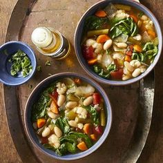 These vegan instant pot recipes come together quickly, thanks to the magical appliance. From vegan soup recipes to vegan chili recipes, we have some tasty plant-based ways to use your Instant Pot. Easy Healthy Dinners, Healthy Dinner Recipes, Vegan Recipes, Cooking Recipes, Healthy Soups, Vegan Soups, Cooking Tips, Diet Recipes, Vegetable Soup Recipes
