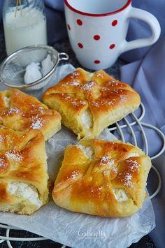 Gabriella kalandjai a konyhában :) Sweet Cornbread, French Toast, Deserts, Cheese, Baking, Breakfast, Pastries, Food, Healthy Nutrition