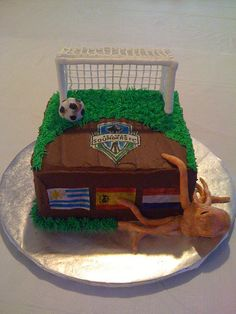 Seattle Sounders cake with other teams flags...  getting inspired!