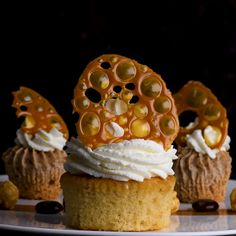 This delicious caramel delight will leave your sweet tooth happier than ever! and Drink deserts dessert recipes Caramel Delight Cake Decorating Videos, Cake Decorating Techniques, Tasty Videos, Food Videos, Recipe Videos, Baking Recipes, Dessert Recipes, Healthy Recipes, Caramel Treats