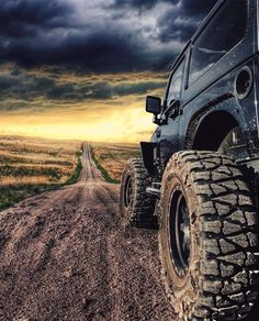 Image may contain: sky, cloud, outdoor and nature via Jeep 4x4, Jeep Rubicon, Jeep Cars, Jeep Wrangler Unlimited, Jeep Truck, Auto Jeep, Wrangler Jl, Jeep Wallpaper, Hors Route