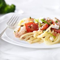 Skillet Shrimp with Tomatoes and Feta 200 calories (Make it a meal: add linguini, side of broccoli, and cantaloupe topped raspberry sorbet for a total of 475 calories!) total meal is 675 calories #weightlossrecipes