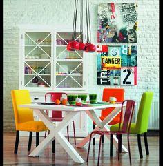 Salles à manger colorées http://magasinsdeco.fr/salles-manger-colorees/