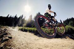 Top 100 Photos of the Year Moutain Bike, Mountain Biking, Downhill Bike, Mtb Bike, Cycling Bikes, Road Cycling, Freeride Mtb, Cannondale Mountain Bikes, Wakeboarding