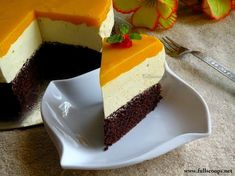 Full Scoops of Life and Food! Mango Mousse Cake, Mango Cheesecake, Mango Cake, Mousse Dessert, Eggless Desserts, Eggless Recipes, Eggless Baking, Delicious Desserts, Mango Dessert Recipes
