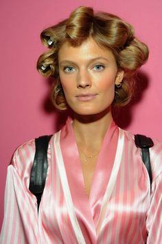 Constance Jablonski attends the Victoria's Secret Fashion Show in NY http://celebs-life.com/constance-jablonski-attends-the-victorias-secret-fashion-show-in-ny/  #constancejablonski