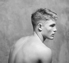 Cool Men Hairstyle Back Male Photography, People Photography, Cool Hairstyles For Men, Men's Hairstyles, Canvas Online, Best Portraits, Mans World, Hair And Beard Styles, Male Body