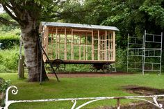 Shepherds hut...DIY...could Michael stretch to this??!!<3 <3