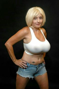 Brooke bond model nude