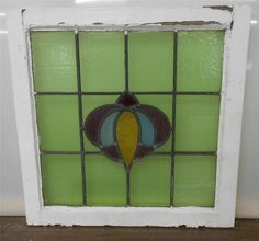 "OLD ENGLISH LEADED STAINED GLASS WINDOW Cute Floral design 21"" x 21"""