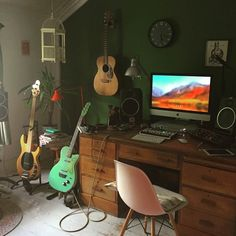 Music Studio Decor, Home Studio Setup, Home Studio Music, Home Music Studios, Studio Ideas, Electro House Music, Tech House Music, Home Music Rooms, Music Bedroom