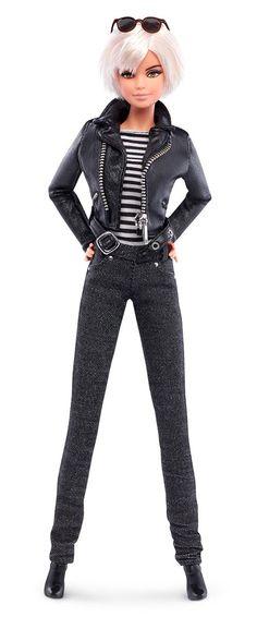 Die Andy Warhol Barbie im typischen Look
