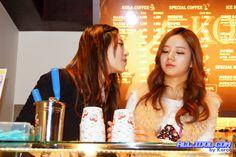 Girl's Day Yura and Hyeri