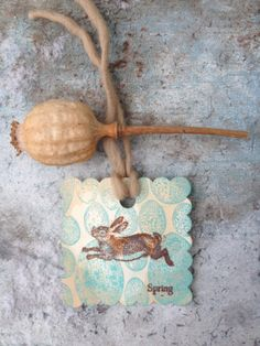 Rustic Tea Stained Tags/Hare/Spring/Easter Gift Tags  #2014 #Easter #Day #card #decor #craft #ideas www.loveitsomuch.com