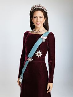 Mary, Crown Princess of Denmark, Countess of Monpezat, R.E. is the wife of Frederik, Crown Prince of Denmark. She was born in Tasmania and met him at the 2000 Sydney Olympics, Australia.