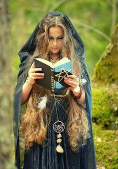 Image uploaded by SailleEngla Delling. Find images and videos about magic, witch and wicca on We Heart It - the app to get lost in what you love. Beltane, Ange Demon, Witch Craft, White Witch, Fantasy Photography, Witch Aesthetic, Cosplay, Wiccan, Character Inspiration