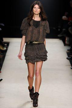 Fotos de Pasarela | Isabel Marant, pret-a-porter, ready-to-wear, Paris, Semana de la Moda de Paris, fall/winter 2012/2013, otoño/invierno 2012/2013, Otoño Invierno 2012/2013 París | 23 de 42 | Vogue
