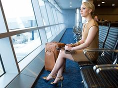 Kaley Cuoco makes waiting for a flight look fabulous.<br /> <br…