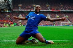 Wes Morgan of Leicester City celebrates scoring his team's opening goal Photo: Getty