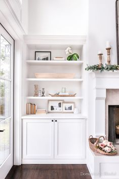 Diy Built In Shelves, Built In Shelves Living Room, Ikea Built In, Bookshelves Built In, Living Room With Fireplace, My Living Room, Home And Living, Build In Bookshelves, Living Room Shelf Decor