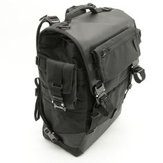 NXL tech-line #messengerbags skidcat #backpack and MOLLE attachments #techwear #bagjack #austrialpin available on pre order with 20 % discount code P7WEWC until 31st December. www.bagjackshop.com/nxl-lines/tech-line