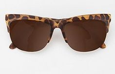 Sunglasses: from classic to trendy: High Brow Rise Rimless Rectangle Sunglasses.