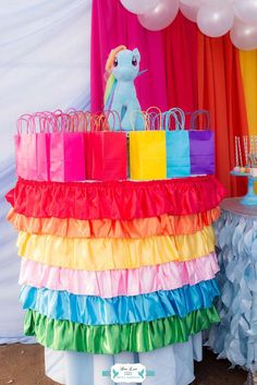 Rainbow Dash Adventure Birthday - Birthday Party Ideas for Kids and Adults Rainbow Dash Birthday, Rainbow Dash Party, My Little Pony Birthday Party, 90th Birthday Parties, Rainbow Parties, Birthday Party Decorations, Birthday Gifts, Birthday Ideas, 4th Birthday