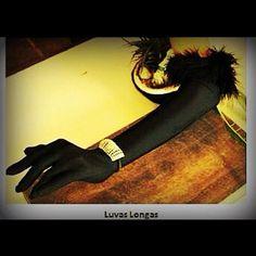 Luvas longas e bracelete - Anna Gelinkas