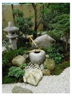 Japanese Garden Backyard, Japanese Garden Landscape, Small Japanese Garden, Mini Zen Garden, Japan Garden, Japanese Garden Design, Japanese Gardens, Japanese Bamboo, Zen Rock Garden