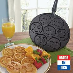 Smiley Face Pancake Pan @ Fresh Finds. This would be so great for the sleep over mornings!