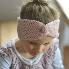 Kinderstirnband AVA I rosa # de tejer para principiantes Beginner Knitting Projects, Knitting Blogs, Knitting For Beginners, Knitting Patterns Free, Free Knitting, Baby Knitting, Crochet Projects, How To Start Knitting, Kids Hats