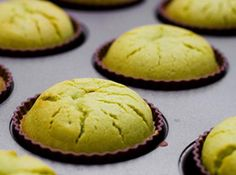 Matcha Mochi Cupcakes Adapted From Otoki Makes 24 cupcakes 1 lb. matcha 3 eggs 1 cup milk cup oil Preheat oven to 375 degrees Green Tea Dessert, Matcha Dessert, Matcha Cupcakes, Guava Cupcakes, Strawberry Cupcakes, Vanilla Cupcakes, Green Tea Recipes, Sweet Recipes, Asian Desserts