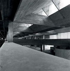 Clássicos da Arquitetura: Escola Jardim Ipê / Decio Tozzi | ArchDaily Brasil