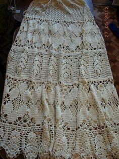 Long crochet skirt + Diagrams – Crochet Pattern and ideas Crochet Skirt Pattern, Crochet Skirts, Knit Skirt, Crochet Cardigan, Crochet Clothes, Crochet Lace, Crochet Patterns, Skirt Patterns, Blanket Patterns