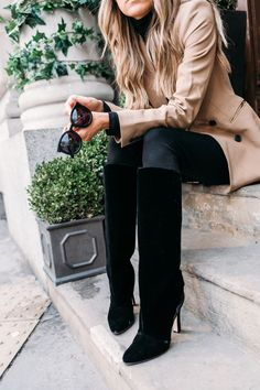 Velvet boots + camel coat.