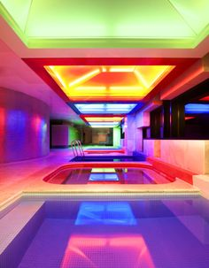 whotels:  WET DECKThe neon pools of W SEOUL- WALKERHILL.
