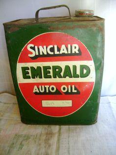 Sinclair 2 Gallon Metal Emeral Oil Can Auto Oil