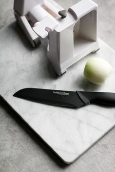 A santoku knife is indispensable for chopping, slicing and dicing. The extremely sharp and straight stainless steel blade cuts through food with ease! Food Prep, Meal Prep, Cooking Tools, Blade, Stainless Steel, Baking, Kitchen, Diy Kitchen Appliances, Kitchen Gadgets