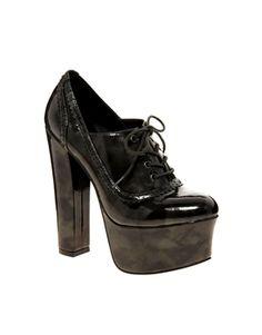 Temple platform shoe boots