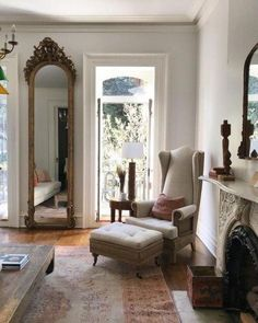Gorgeous Awesome Living Room Mirrors Design Ideas That Will Admire You. best living room decor Awesome Living Room Mirrors Design Ideas That Will Admire You Design Living Room, Living Room Decor, Bedroom Decor, Decoration Inspiration, Decoration Design, Decoration Pictures, Decor Ideas, Interior Inspiration, Room Ideas