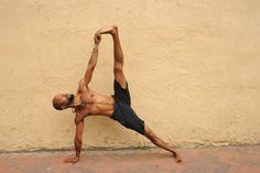 Johnathan Christopher Miles of Om On Yoga in Richmond VA    Vasisthasana -Side Plank