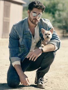 Nick Bateman, Looks Camisa Jeans, Denim Shirt Men, Man And Dog, Mens Trends, Photography Poses For Men, Latest Mens Fashion, Fashion Men, Karate