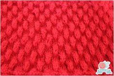 Foto e Execução:  Blog-By-Day.blogspot.com   Fio:  Super Bebê na cor vermelha   Agulha  de tricô nº 3   Você encontra mais pontos decor...
